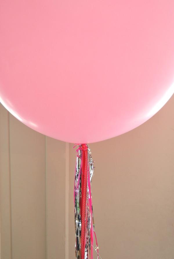 balloon tassel