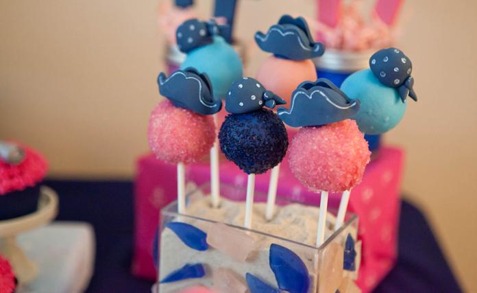 AA Twins Cake Pops - 12 -