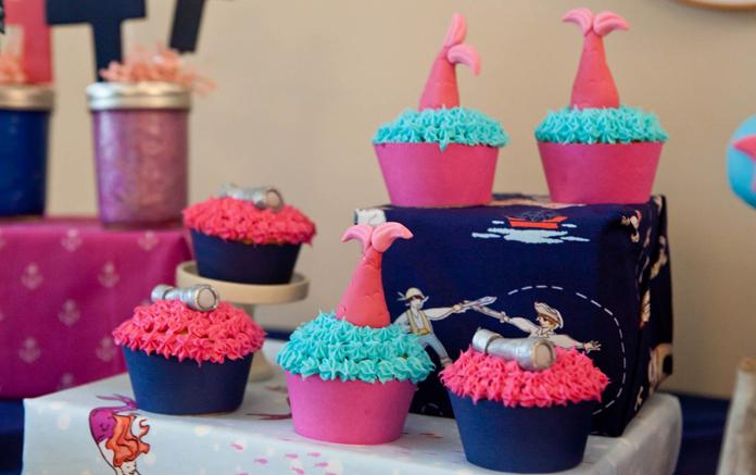 AA Twins Cupcakes - 7 -