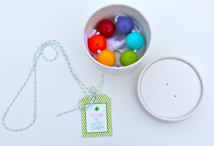 bubble gum necklaces