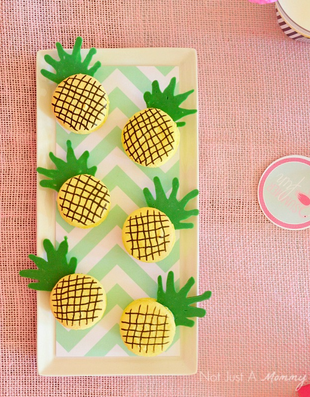 Flamingo + Pineapple Party pineapple macarons