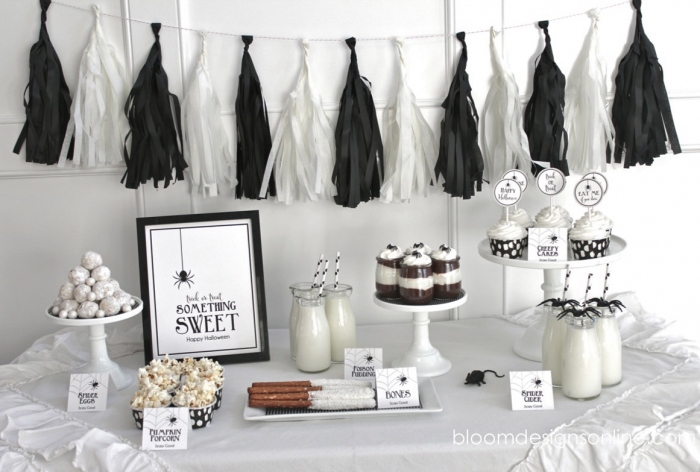 almost everything i do for halloween is in black and white i love the contrast between such an elegant color scheme and all the spooky gory halloween - Black And White Halloween Party