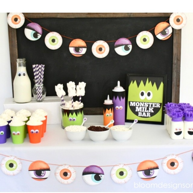 Sharing an easy and healthy Monster Milk Bar on our blog. Please come and see. You still have plenty of time to do this for Halloween #GotMilk #sponsored