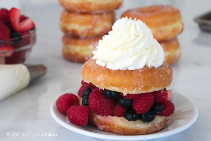 berry stuffed donuts
